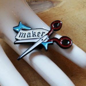 Pin's maker